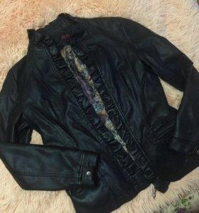 Кожаная куртка ( исскуст.)