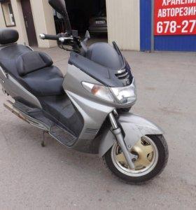 Макси скутер Suzuki Burgman 400sm-150км\ч