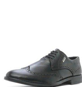 Новый кожаные туфли Gassa
