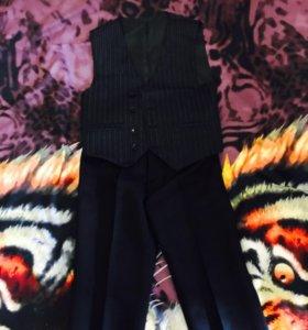 Школьный костюм (жилет и брюки) 2-3 класс