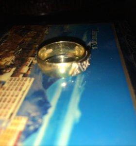 кольцо с осколки бриллианта