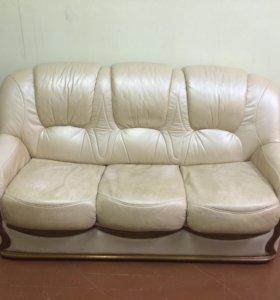Диван , 2 кресла из натуральной кожи