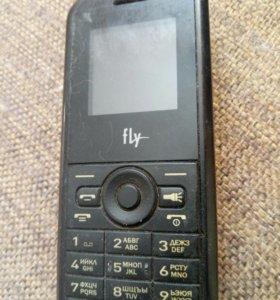 Телефон кнопочный с двумя сим
