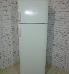 Холодильник Electrolux ERD32190