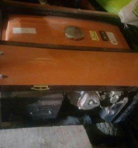Гениратор бензиновый 5,5 кв