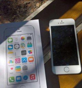 iPhone 5s.Ростест. Идеальное состояние.