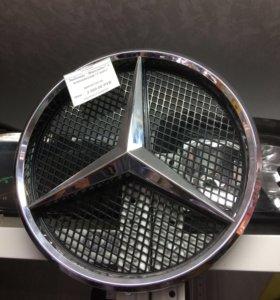 Оригинальный значок Mercedes с основанием