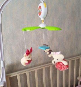 Мобиль на кроватку Yako с мягкими игрушками
