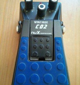 Гитарная педаль компрессор NUX CO2