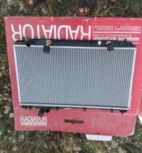 Радиатор охлаждения Honda Civic EU Es