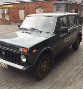 Автомобиль LADA 213100