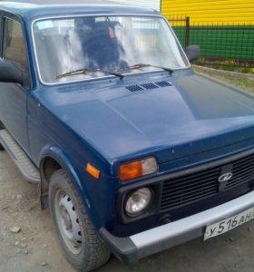 Автомобиль LADA 212140