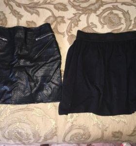 Юбки чёрные по 300, платье зеленое 1000