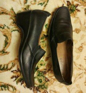 Туфли кожанные женские новые