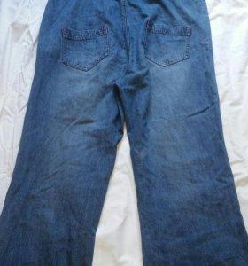 Комбинезон джинсовый