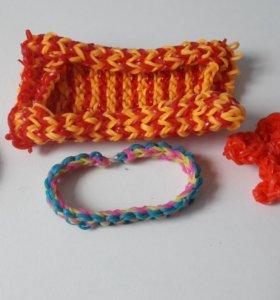 Плетеные игрушки и браслеты