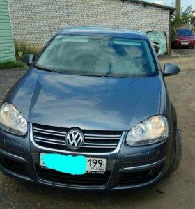 VW Jetta 5, 2009. At