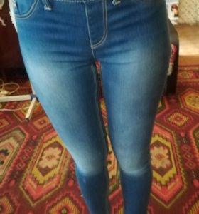 Штаны джинсовые stradivarius
