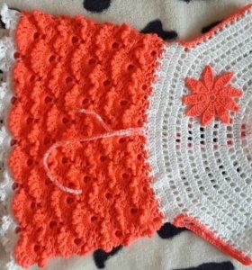 Вязаное платье ручной работы 2-3г.