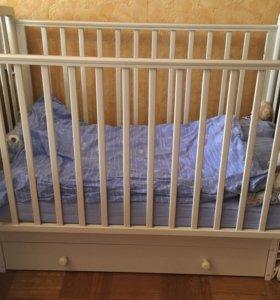 Кроватка маятник+матрас