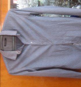 Черная рубашка с белым узором