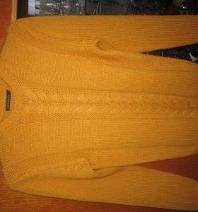 Мужской рыжий свитер