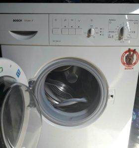 стиральная машинка BOSCH на 4 кг .