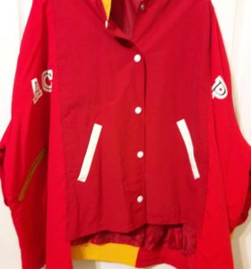 Оригинальная куртка ветровка