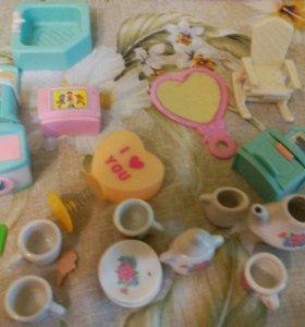 Игрушки, посуда для кукол,сумочка