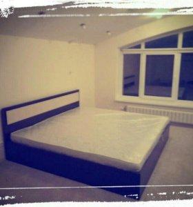 Кровать Новая с матрасом лиана