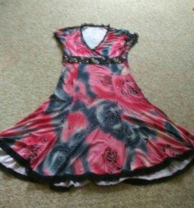 Красивое летнее платье в блестках