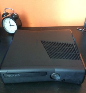 XBOX 360 Slim (прошитый)