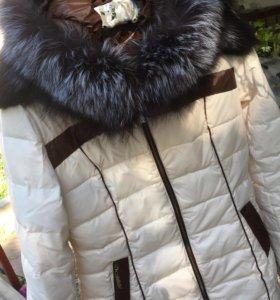 Пуховик зимний воротник чернобурка