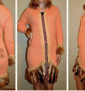 Вязанное пальто с лисьим мезом
