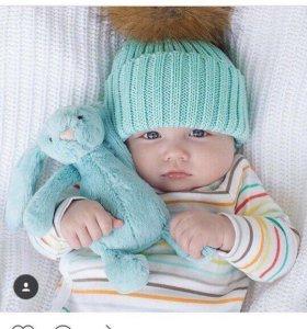 Вязаные детские шапочки с меховым помпоном вяжу