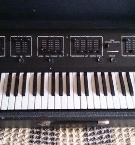Синтезатор ТОМ 1501