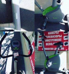 Велотренажер HouseFit HB-8164HP