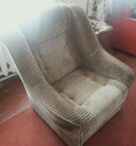 Диван раскладной,кресло