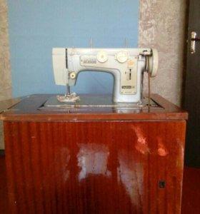 Швейная машина+ ручная швейная машина