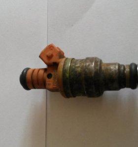 Форсунка топливная MD158484