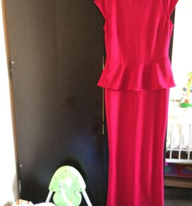 Платье из трикотажа (новое)