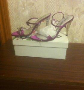 Туфли женские 37р новые