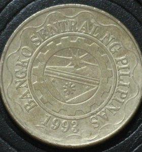 Филиппины 5 песо и 1 песо