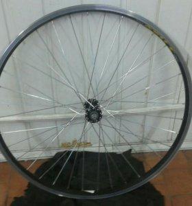 Переднее колесо на 26 новое