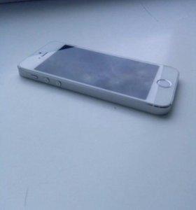 Продам айфон 5s на 16g