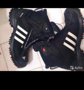 Зимние ботинки Adidas, 44 р-р. Новые