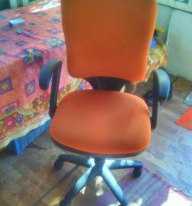 Компьютерное кресла
