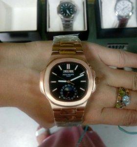 Часы Patek Philippe Nautilus Gold