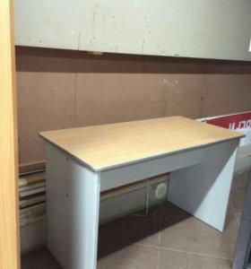 Стол , стол угловой ,тумба с ящиками , окно в баню