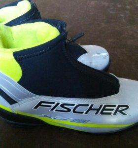 Ботинки лыжные 37р